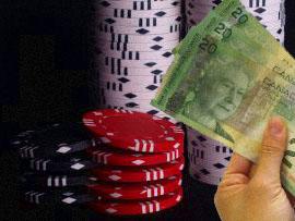 pokermarker och sedlar