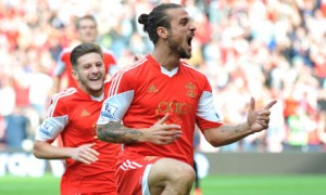 Dani Osvaldo scores his first goals for the Saints