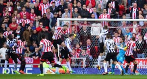 Soccer - Barclays Premier League - Sunderland v Newcastle United - Stadium of Light