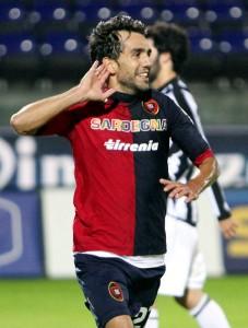 Marco+Sau+Cagliari+Calcio+v+AC+Siena+Serie+Ym1wr7ql5SWl