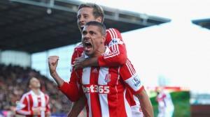 Stoke-v-Arsenal-Jon-Walters-celeb_3092857