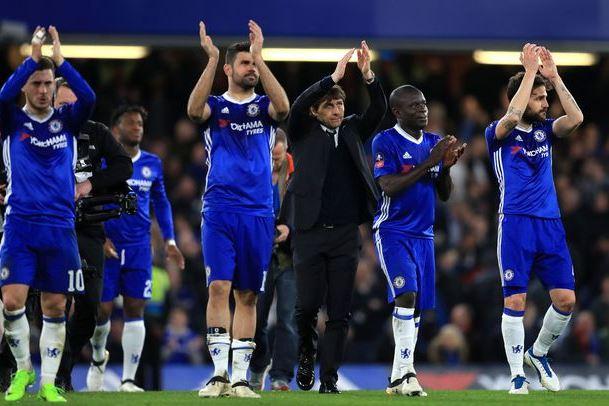 Chelsea Hazard Costa Conte
