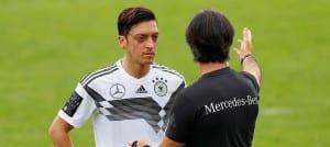 Löw Özil